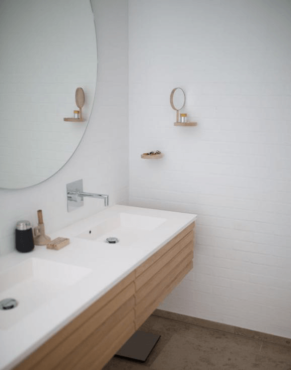 7 Creative Ways To Redecorate Your Apartment Bathroom