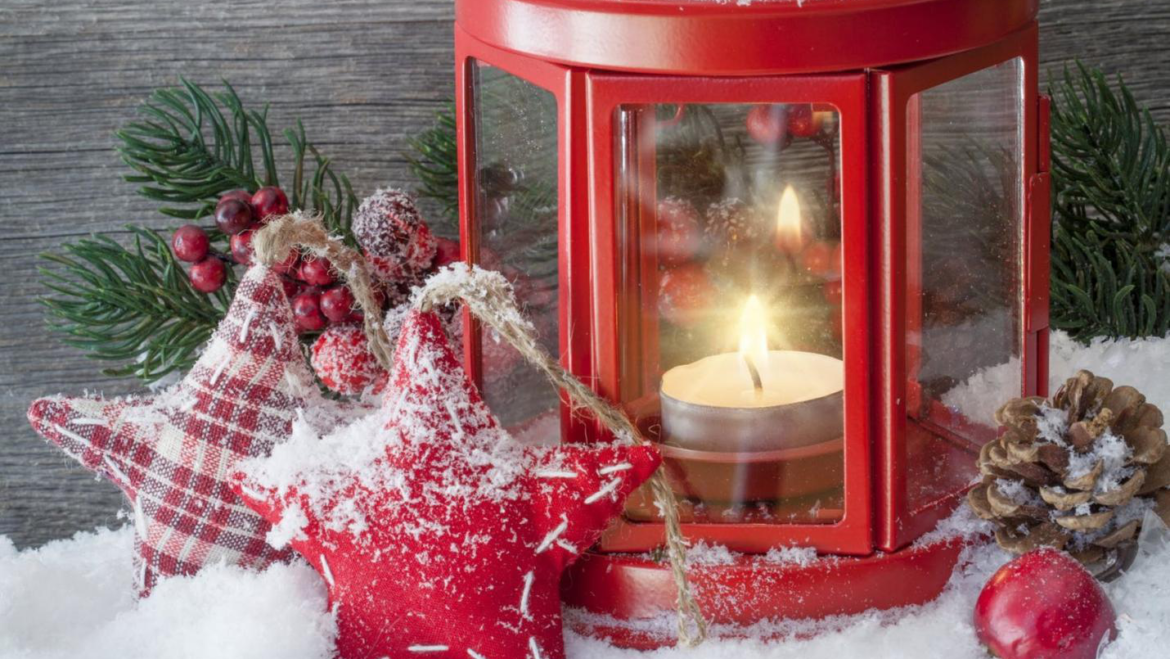 5 Creative Ways You Can Embrace Winter In Your Apartment Decor